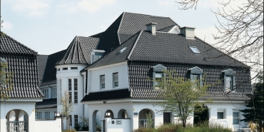 "Vario® hollow interlocking tile straight-cut ""Altstadt Vario"" - grey-black"